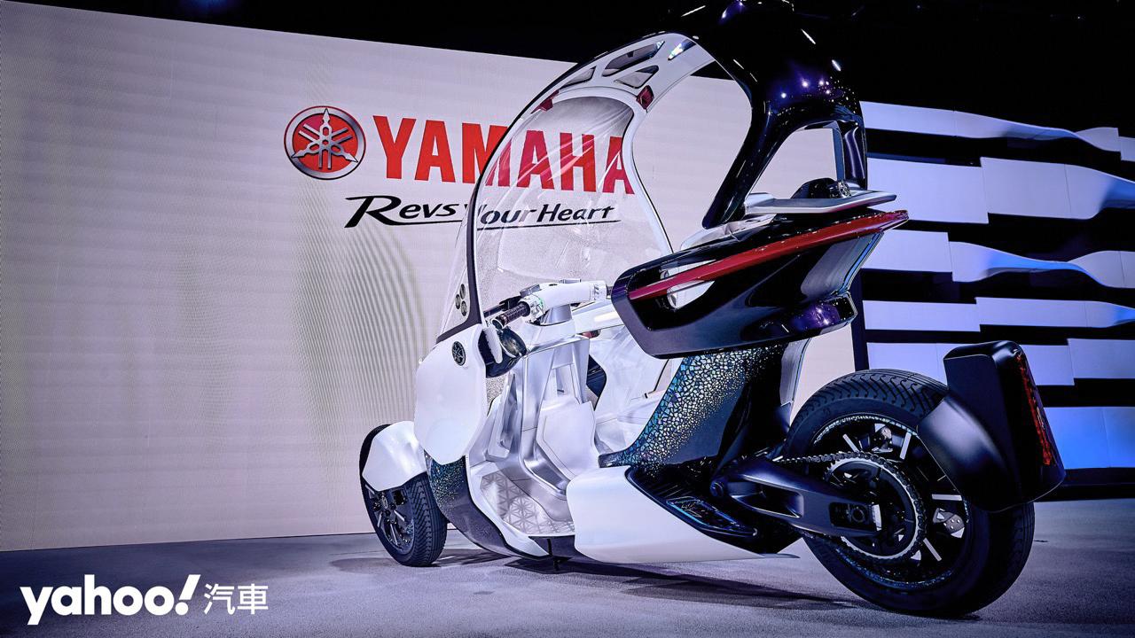 【東京車展】日規純電二輪預備進攻!Yamaha全新電動機車概念車款E01、E02展示解析!