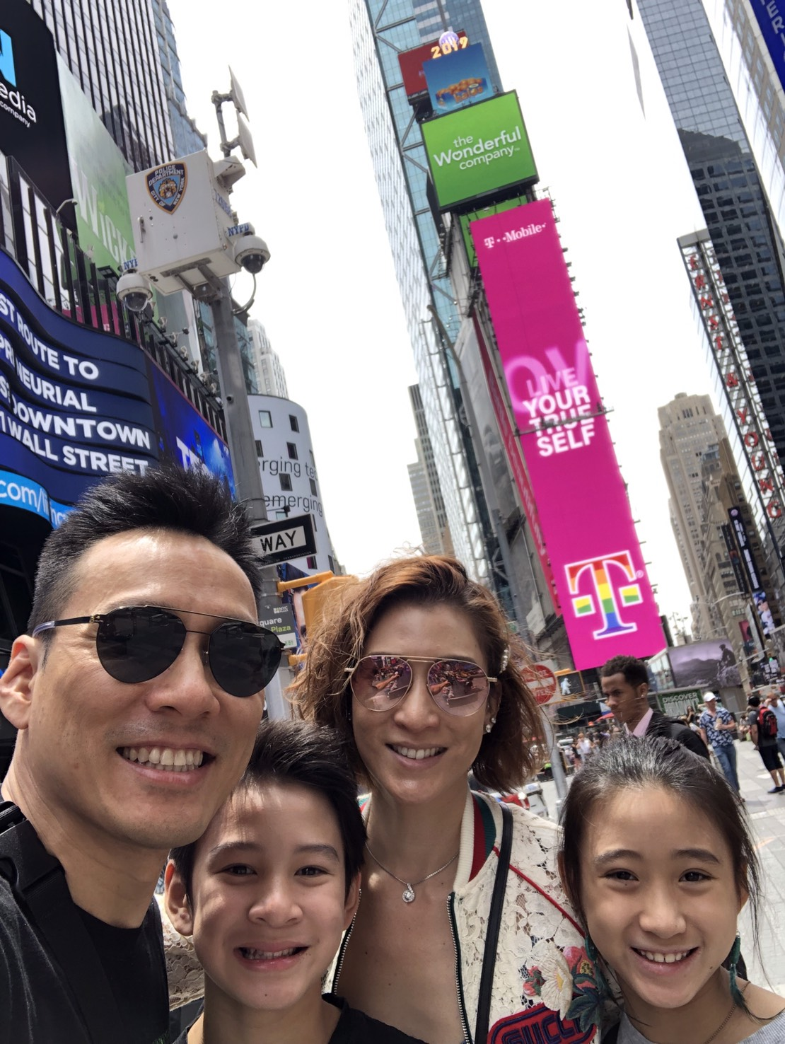 ▲艾力克斯的兒子Ryder和女兒Makayla對於紐約這個城市感到很新鮮。