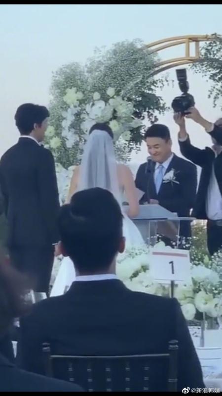 GD現身親姐婚禮。(截自微博)
