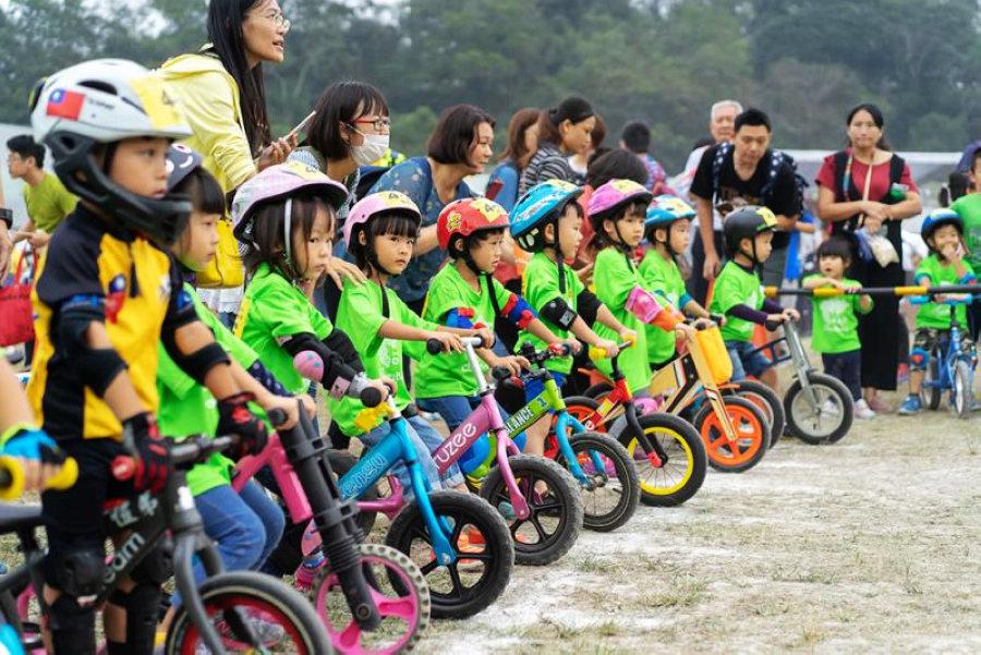 2018兒童滑步車趣味賽資料照(圖片來源:日月潭國家風景區)