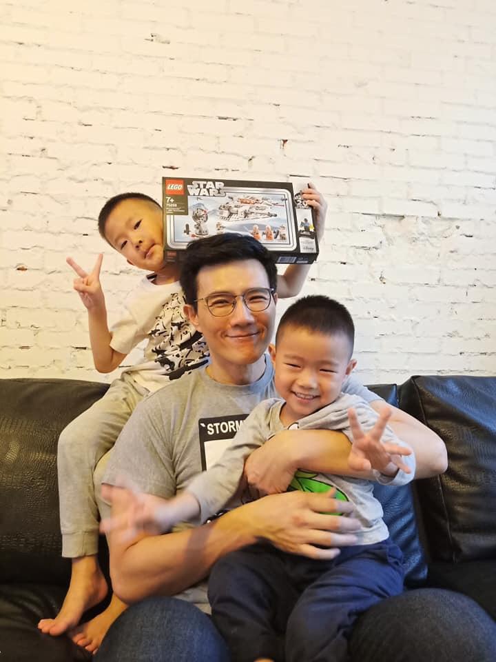 【親子時尚】蔣偉文最愛與孩子玩「恐怖箱」 用玩具培養孩子創造力