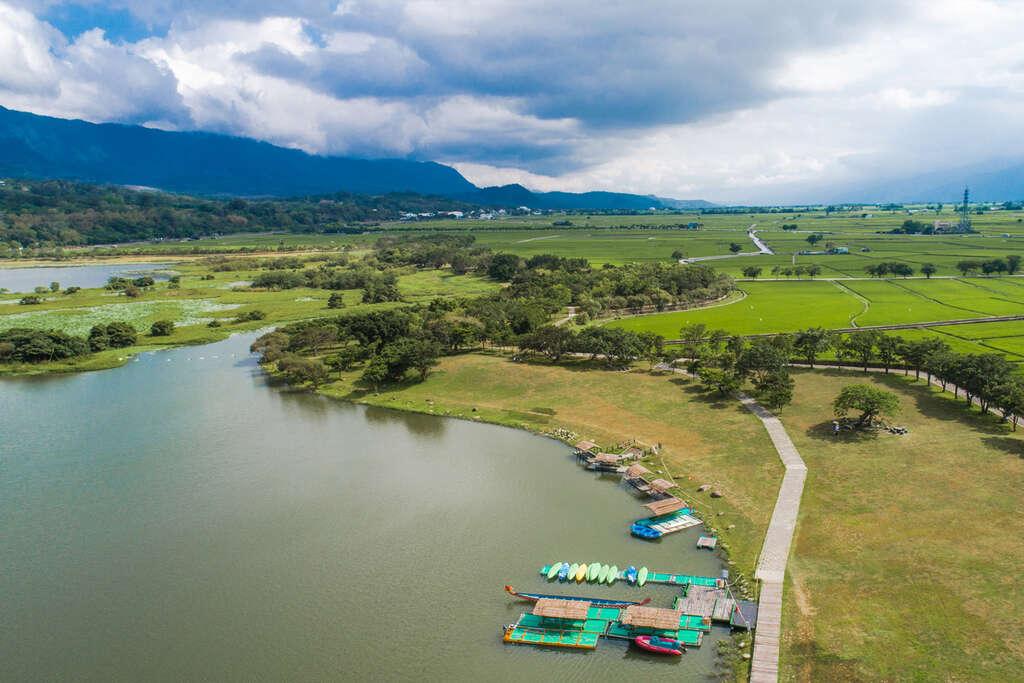 大坡池面積約28公頃,孕育豐富的魚蝦、鳥類生態。圖/花東縱谷國家風景區