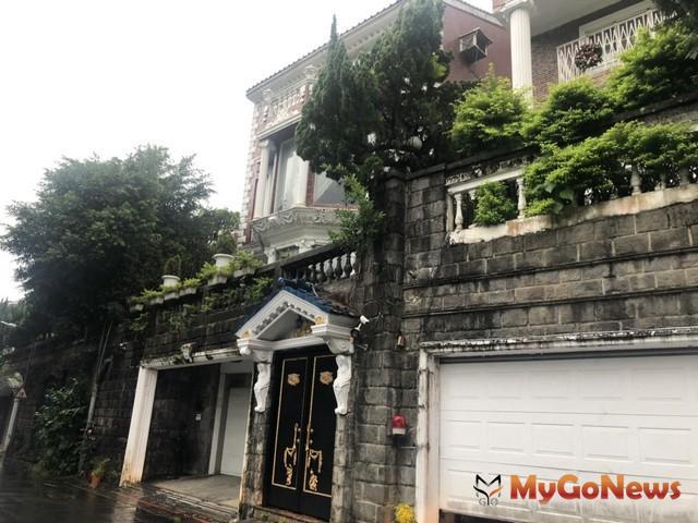 ▲老來俏!33年台北「至善清泉」郊區別墅賣1.28億(圖:台灣房屋)