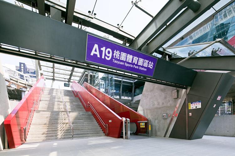 生活機能豐富充沛的「璟都V PARK」,下樓就有兩家超商步行可及。