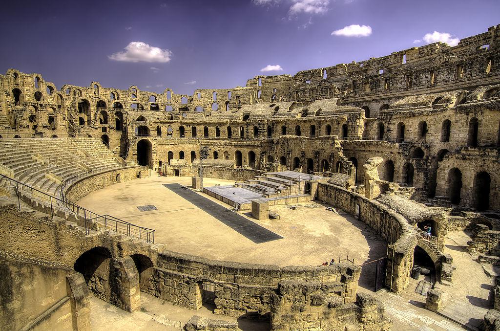 艾爾迪約姆的圓形競技場 (Photo by Walid Mahfoudh, License: CC BY-SA 3.0, Wikimedia Commons提供)
