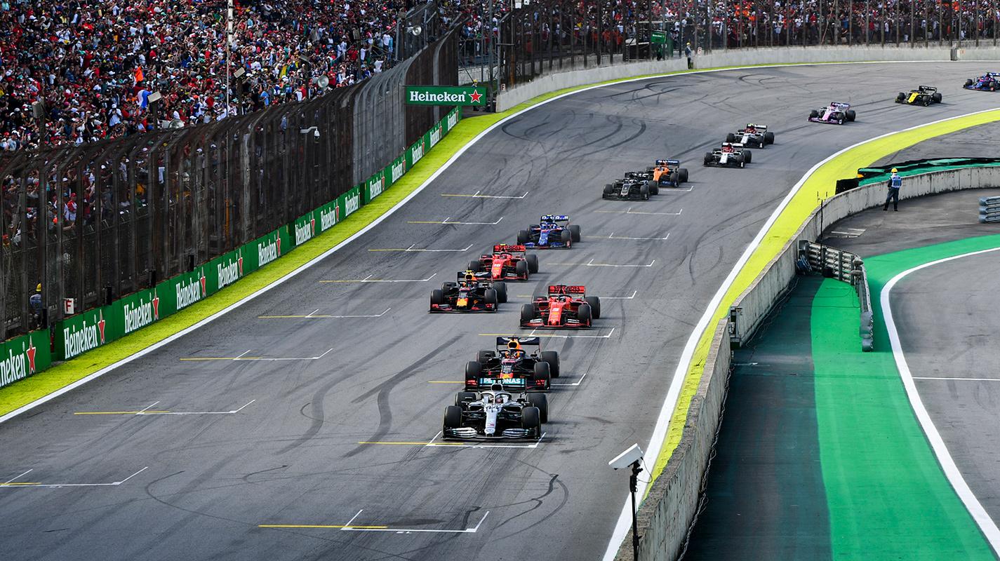 SC引出混亂場面Verstappen勝出巴西GP