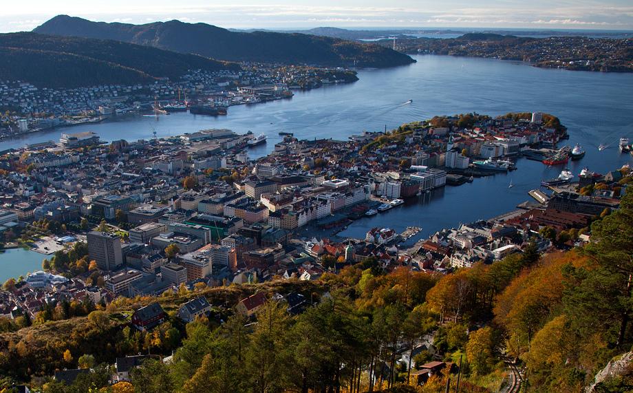 卑爾根 (Photo by Svein-Magne Tunli, License: CC BY-SA 3.0, Wikimedia Commons提供)
