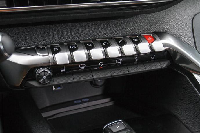 創新設計與細膩回饋的中控台按鈕。版權所有/汽車視界