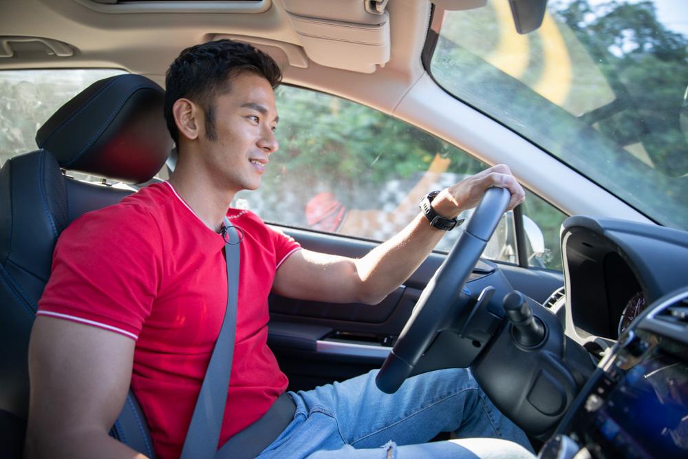 羅賓來帶路,亮哲樂愛Subaru Levorg當旅伴!