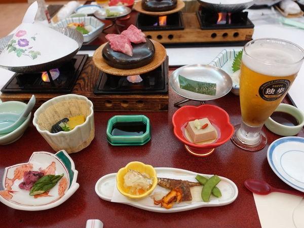 ▲日本岡山鳥取的美食和啤酒,讓馬克媽媽非常驚艷。
