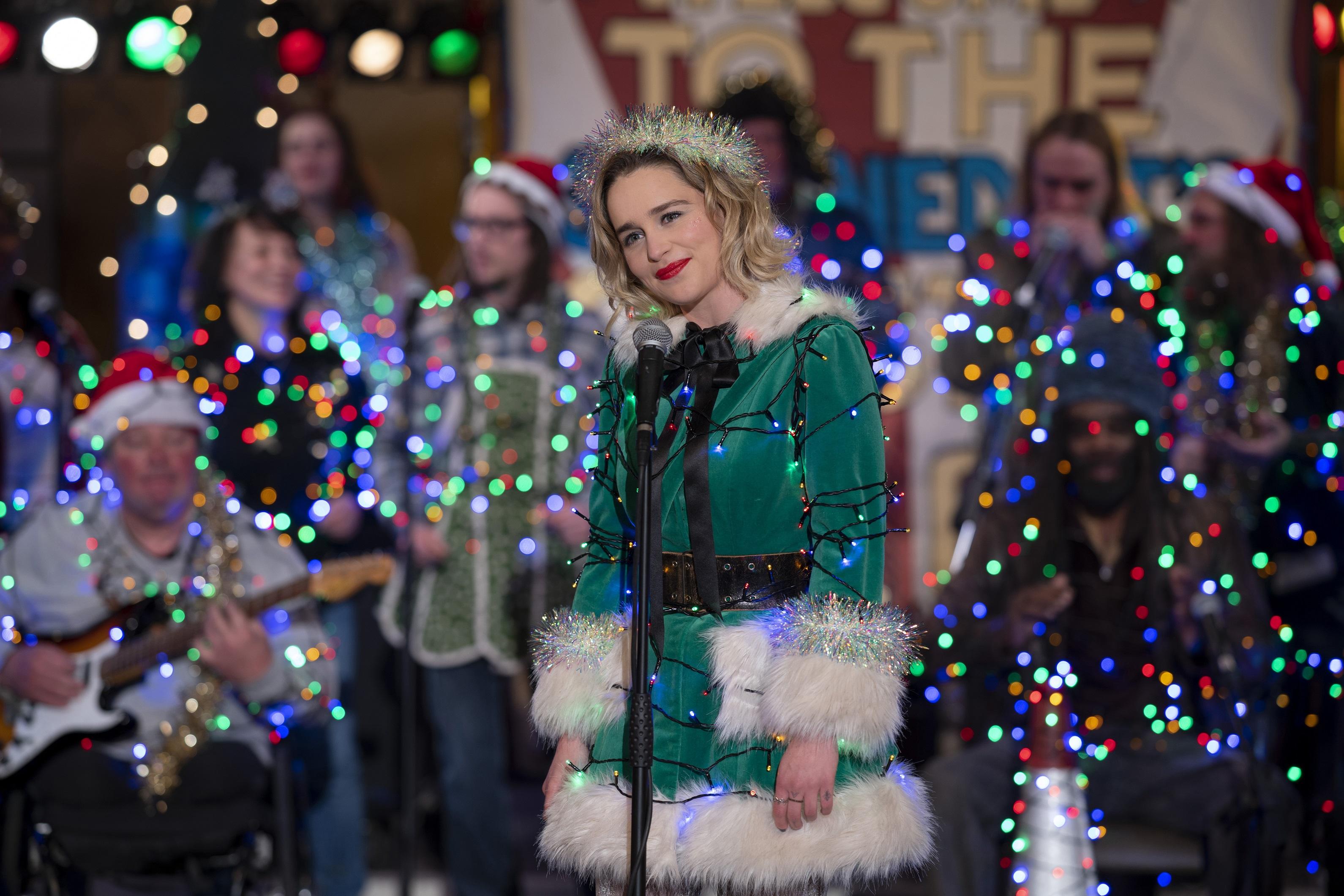 《去年聖誕節》艾蜜莉克拉克和亨利高汀好萊塢新CP組合