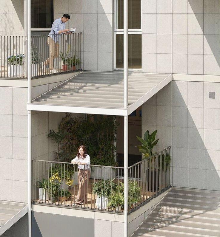 具設計感且多變,簡直像是韓劇裡的單人小宅。