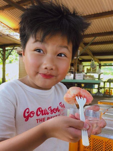 ▲馬克媽媽大力推薦,到岡山一定要嚐嚐當地的水蜜桃。
