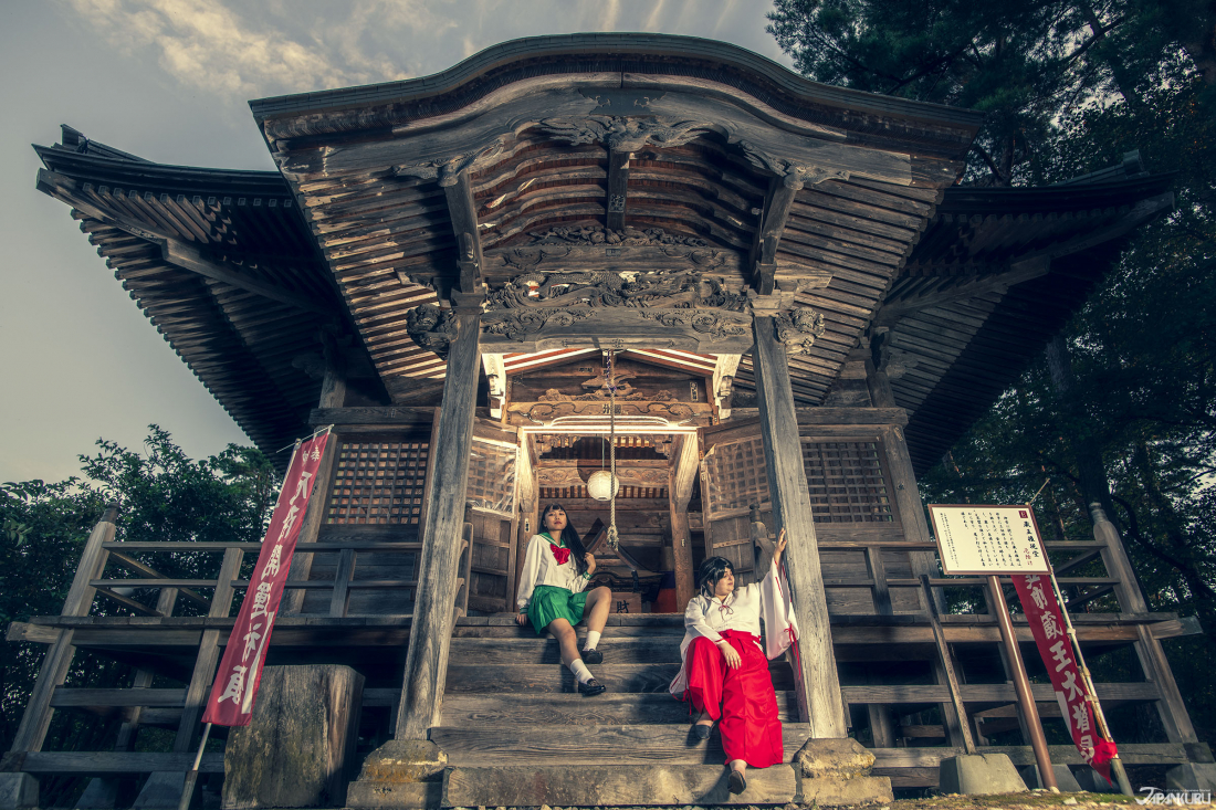 藏王權現堂