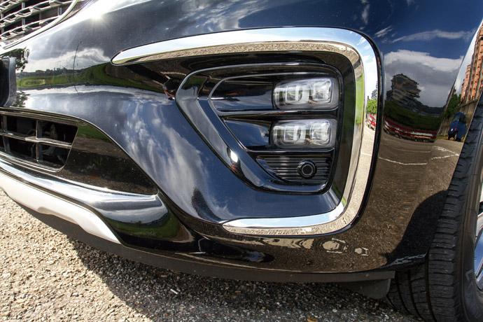 唯有豪華版獨有的矩陣式前霧燈。版權所有/汽車視界