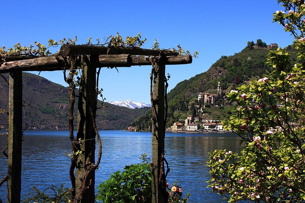 盧加諾湖(Photo by Uwelino, License: CC BY-SA 4.0, Wikimedia Commons提供)