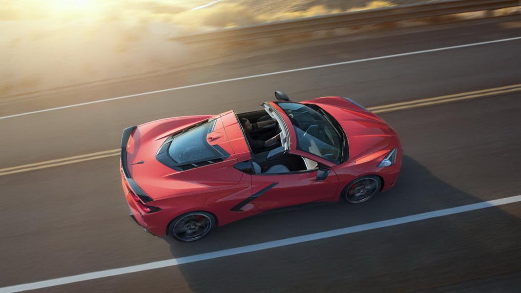 圖/ZR1定位為Chevrolet Corvette車系中動力最強的車款,混合動力可超過900 hp馬力,讓車迷們躍躍欲試。