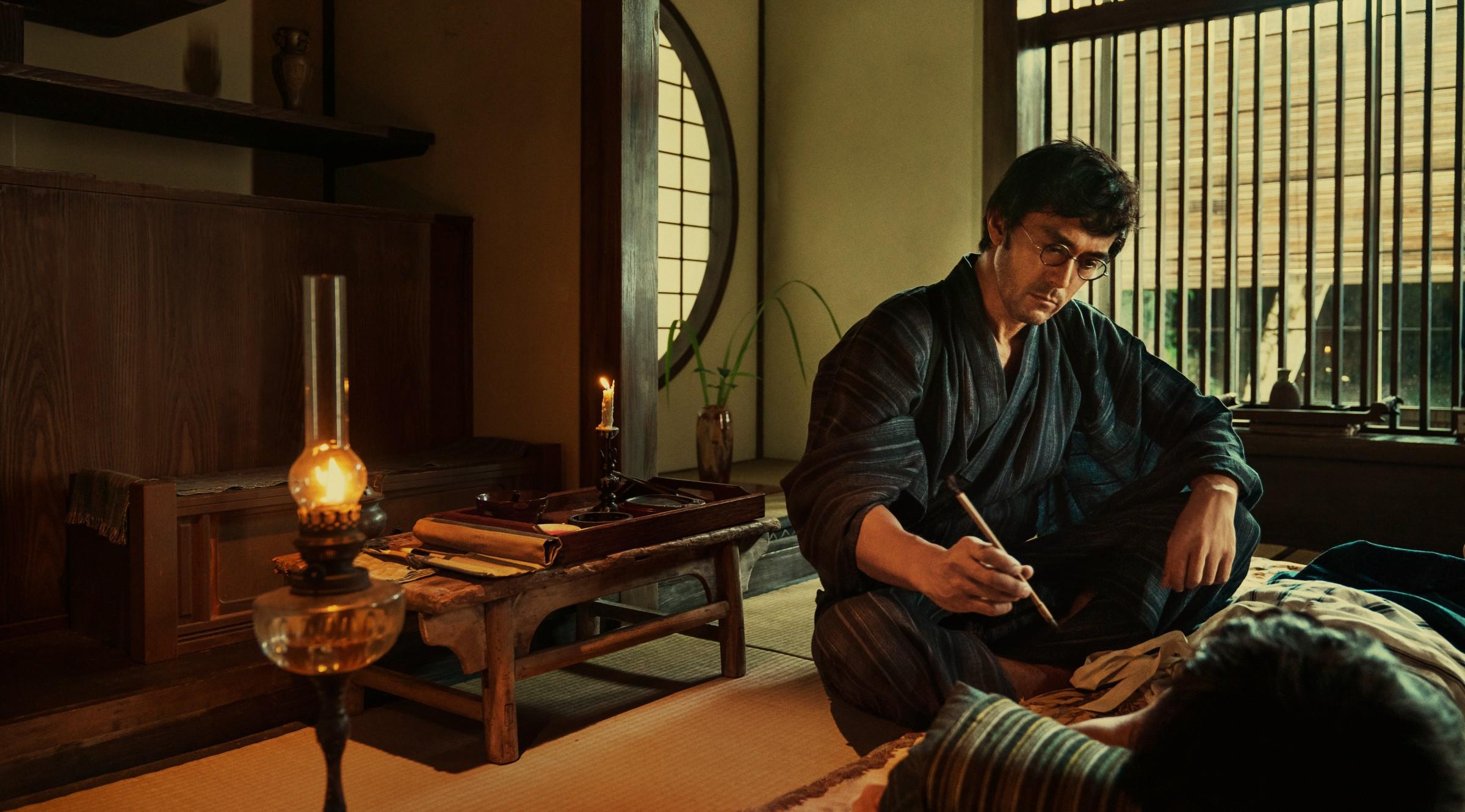 阿部寬變職人,苦練茶道、刺青、園藝等日本技藝