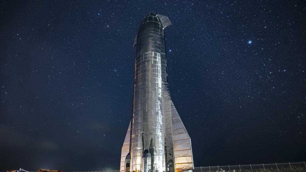 圖/照片中這型號為Starship Mk1的原型火箭,在日前預定的低溫壓力測試中發生爆炸。