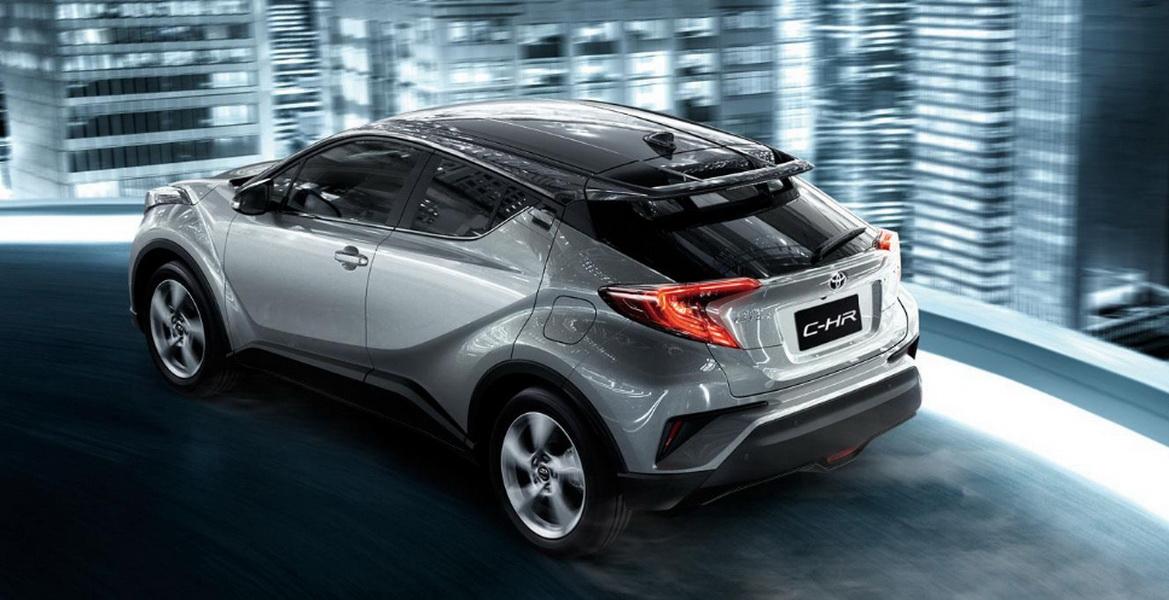 圖/進口轎車排行榜部份,Toyota本月再創銷售高峰,總共賣出5,973輛,王位寶座難以撼動。