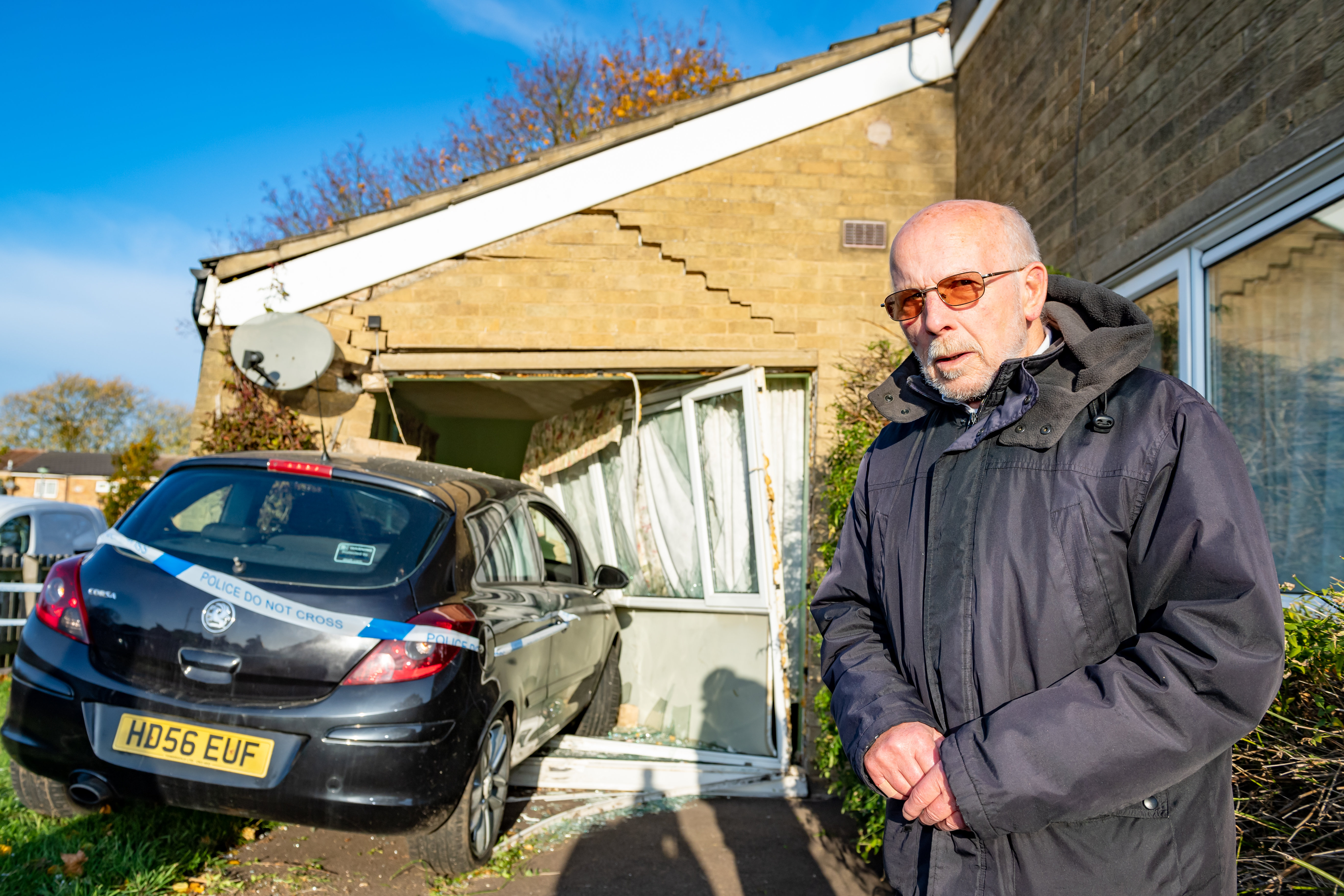 Stan Miller, 75 at his bungalow in Cambridge (SWNS)