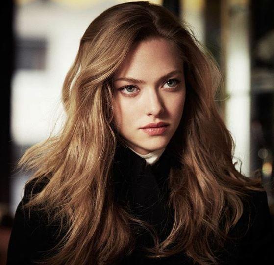 性感又甜美的精靈系女星阿曼達· 塞弗里德一頭蘸了蜂蜜般的金棕髮神美!