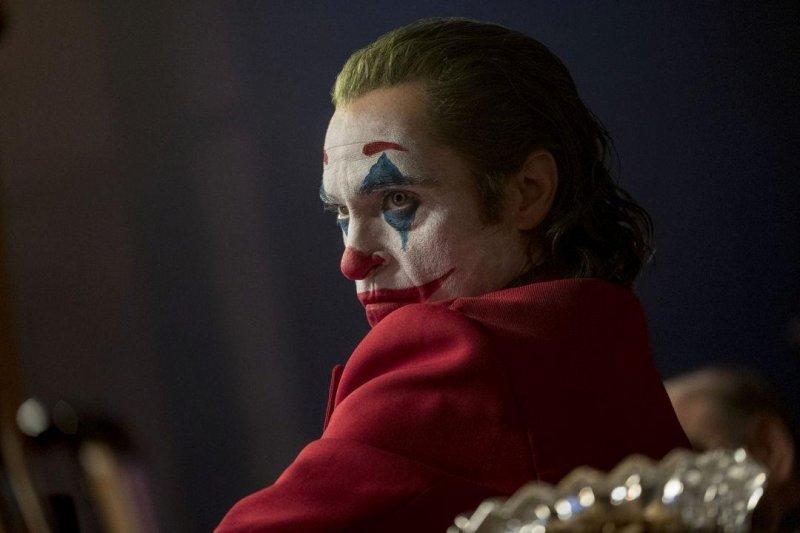 《小丑》立大功  顛覆英雄片全球笑納十億美金
