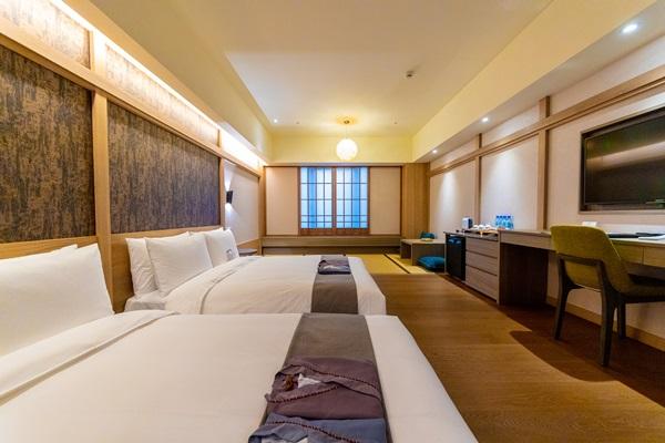 喜歡日式風情的旅宿情趣可選擇和式家庭房。攝影/盧大中