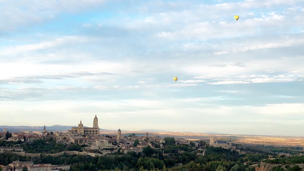 ▲高伊玲也參觀馬德里Alcázar de Segovia的城堡,據說是迪士尼白雪公主卡通中城堡的發想起點。