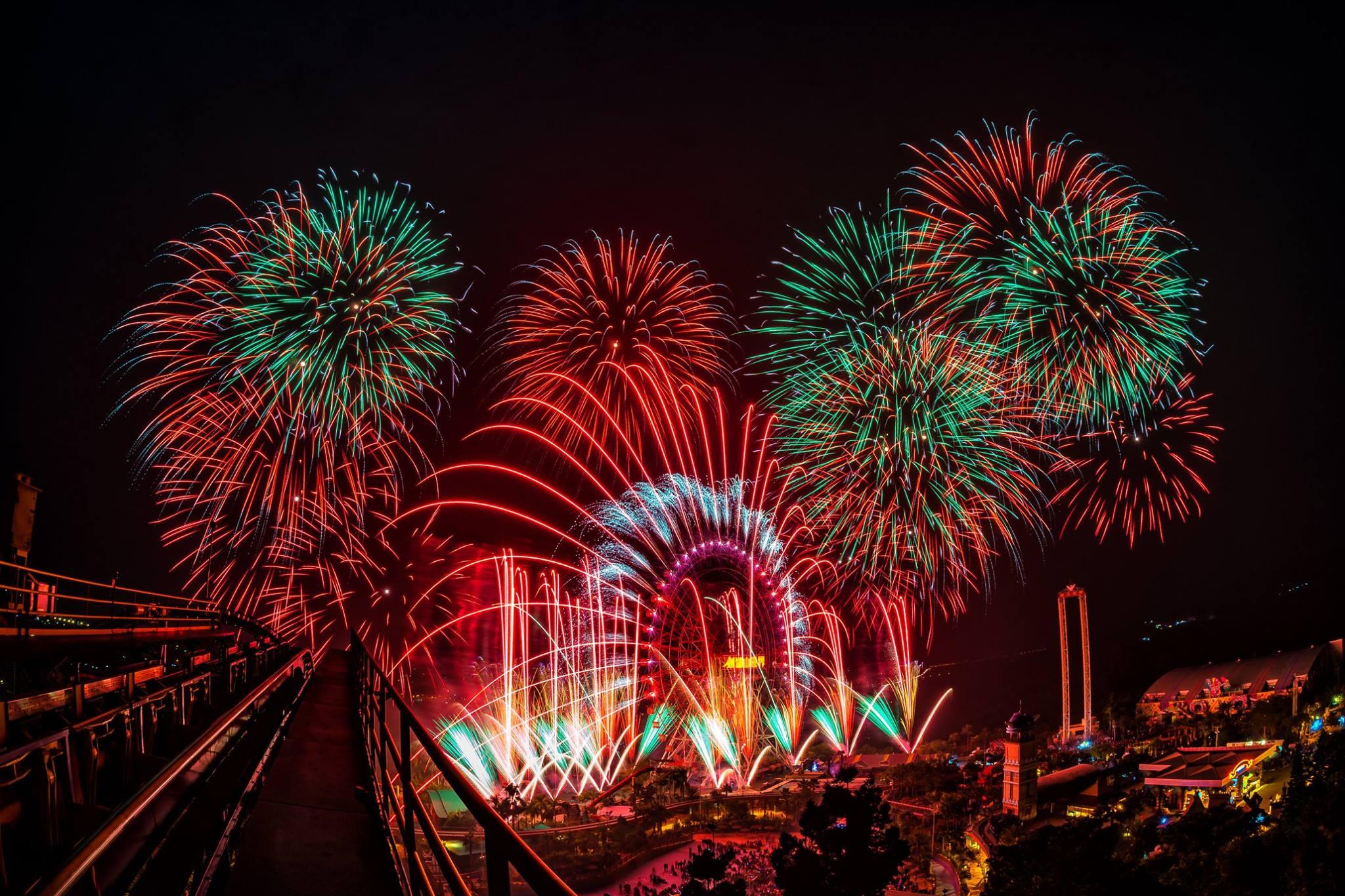 每年最令人期待的重頭戲就是跨年煙火秀,為2019畫上完美的句點,迎來嶄新的一年。圖/劍湖山世界臉書粉絲專頁
