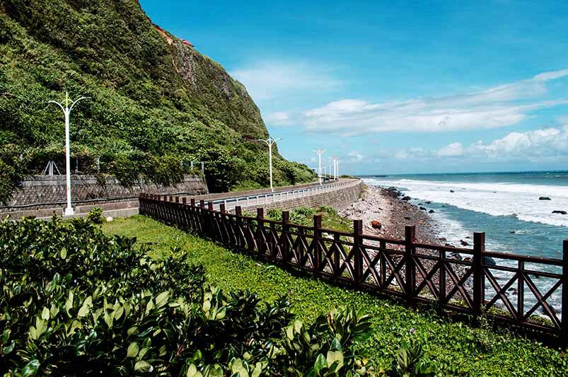 金山石門:台2線 31k+000~40k+000(圖片來源:「票選台灣最美十大景觀公路」活動網站)