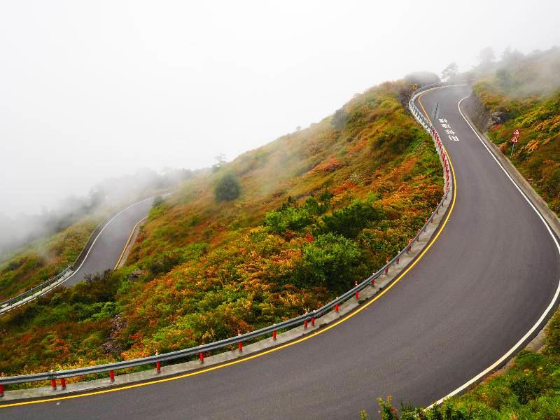 合歡山仙境公路:台14甲線 26k+500~32k+885(圖片來源:「票選台灣最美十大景觀公路」活動網站)