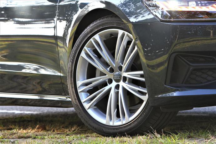 選配20吋鋁圈讓跑格更為彰顯。版權所有/汽車視界