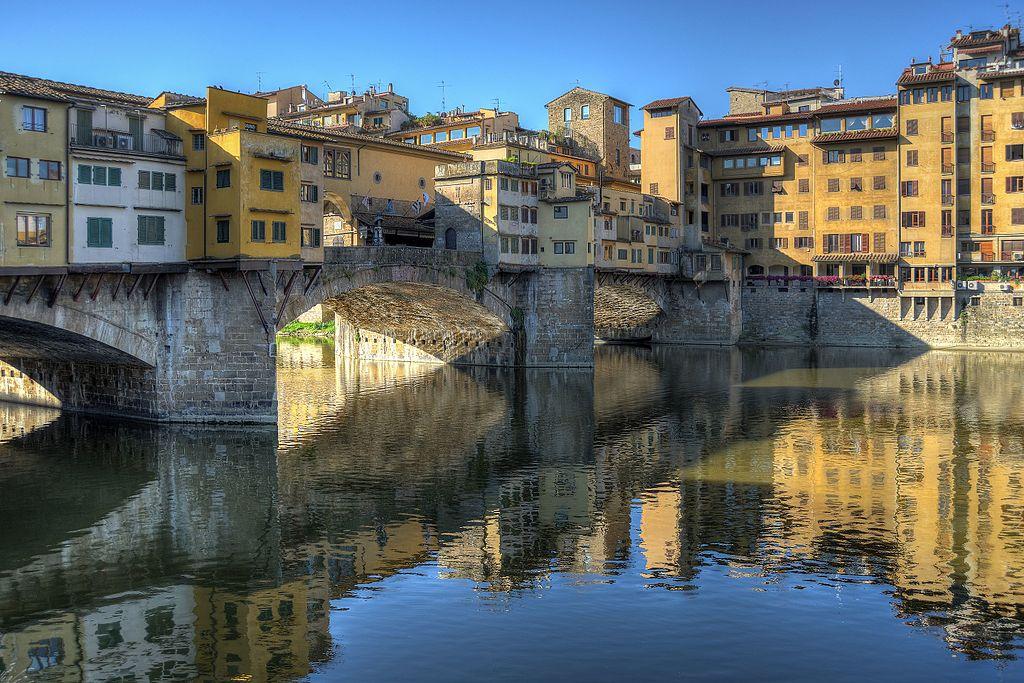 老橋 (Photo by Giorgio Galeotti, License: CC BY-SA 4.0, Wikimedia Commons提供)