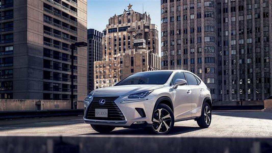 圖/進口豪華車榜單,本月冠軍由Lexus NX以932輛的成績拿下,自家Lexus UX以670輛緊追在後。