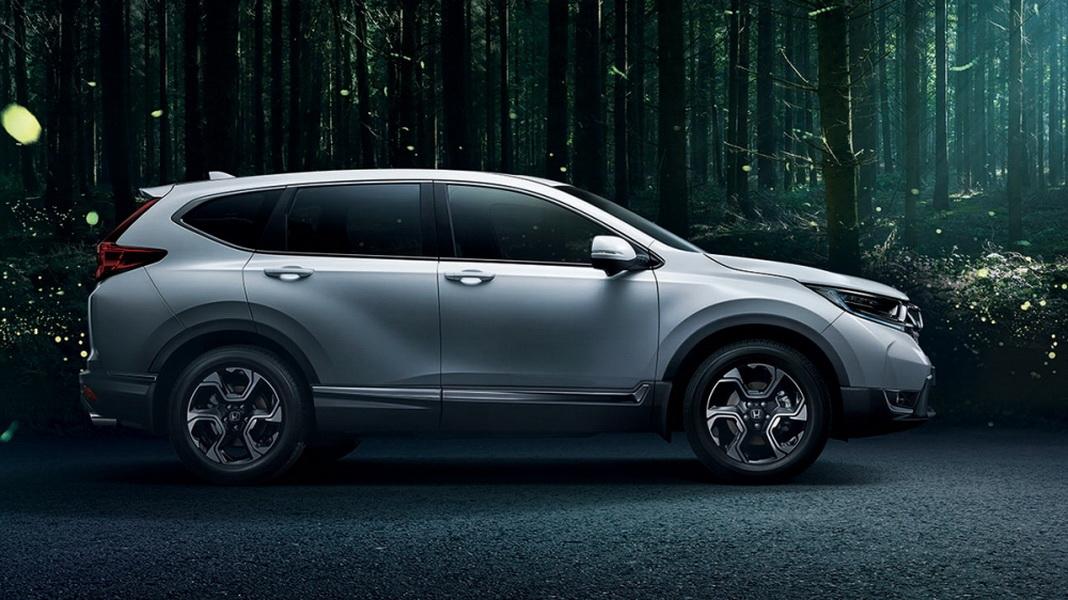 圖/Honda CR-V 1.5本月交出1,568輛的漂亮成績,連續兩個月銷量維持正成長,推測與廠商推出無限Mugen運動套件帶動銷有關。