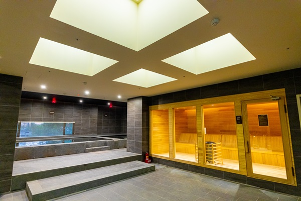 日式風呂體驗溫泉區盡情徜徉。攝影/盧大中