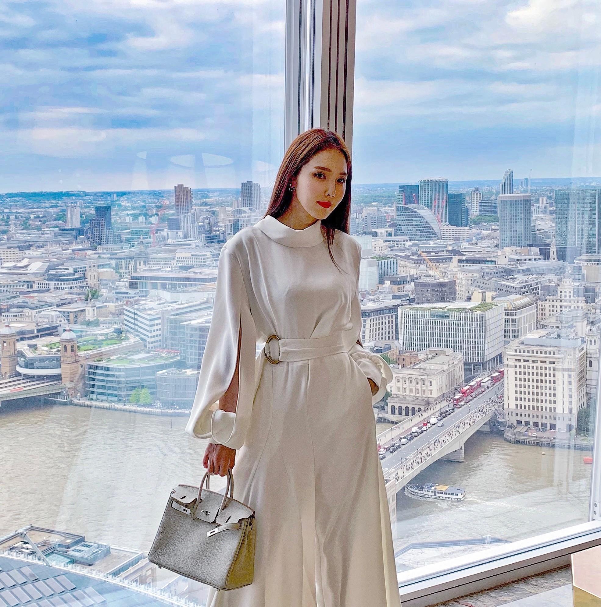 ▲朱琦郁相當推薦香格里拉酒店,能夠一邊泡澡、一邊欣賞倫敦街景。