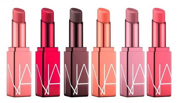 令女孩期待的還有激情過後嫩唇膏全新色調,靈感則從品牌的熱門色號挑選