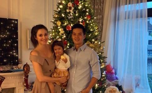 ▲瑞莎最喜歡愛家人共度聖誕節,今年冬天打算帶女兒到北海道玩雪。