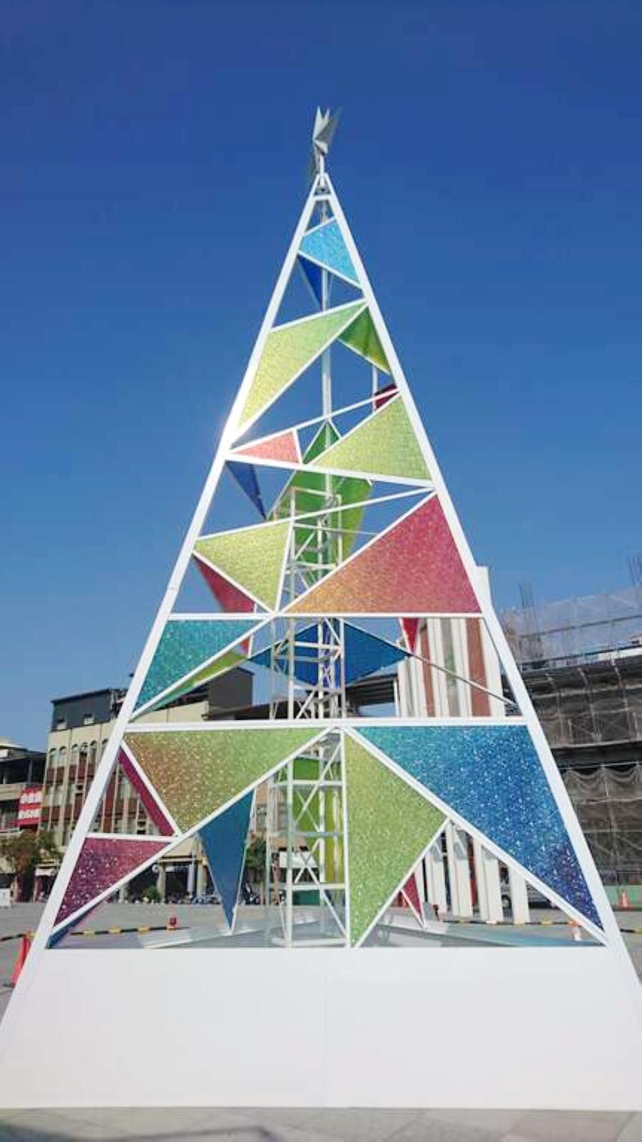 台南美術館二館聖誕樹(圖片來源:台南觀旅局)