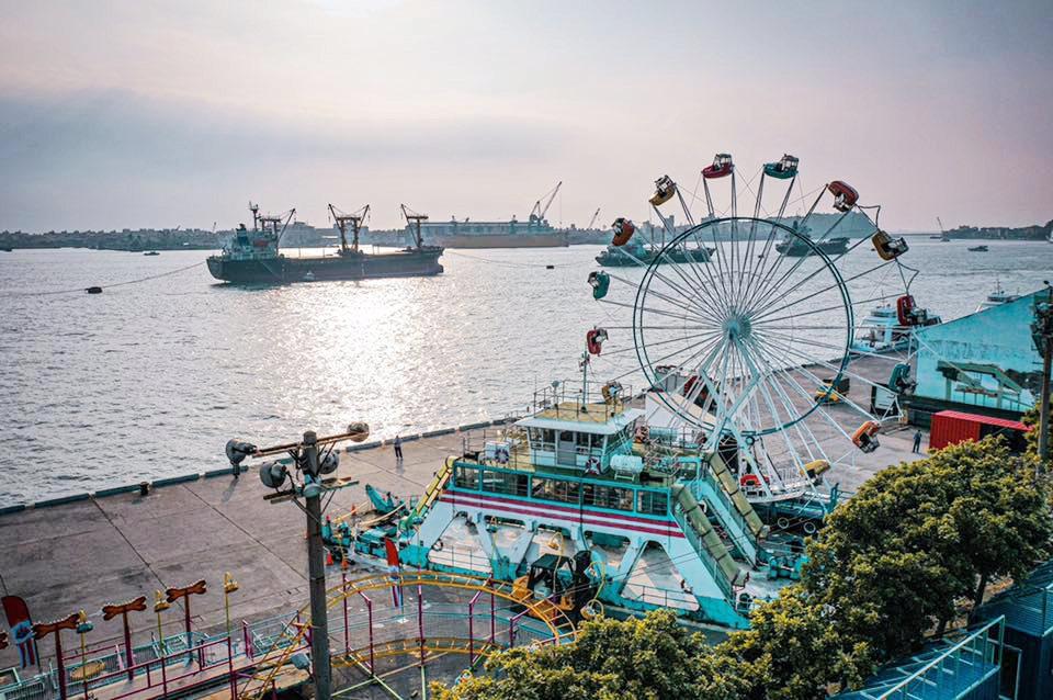 高雄港區遊樂園(圖片來源:JETS 嘉年華FB)