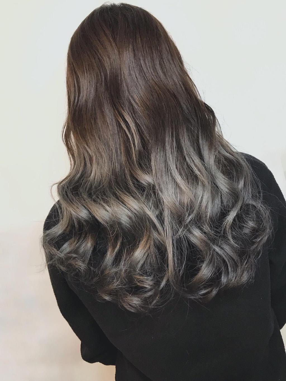 歐美漸層染X棕灰色系,用漸層色調的方式加深一些歐美混血感