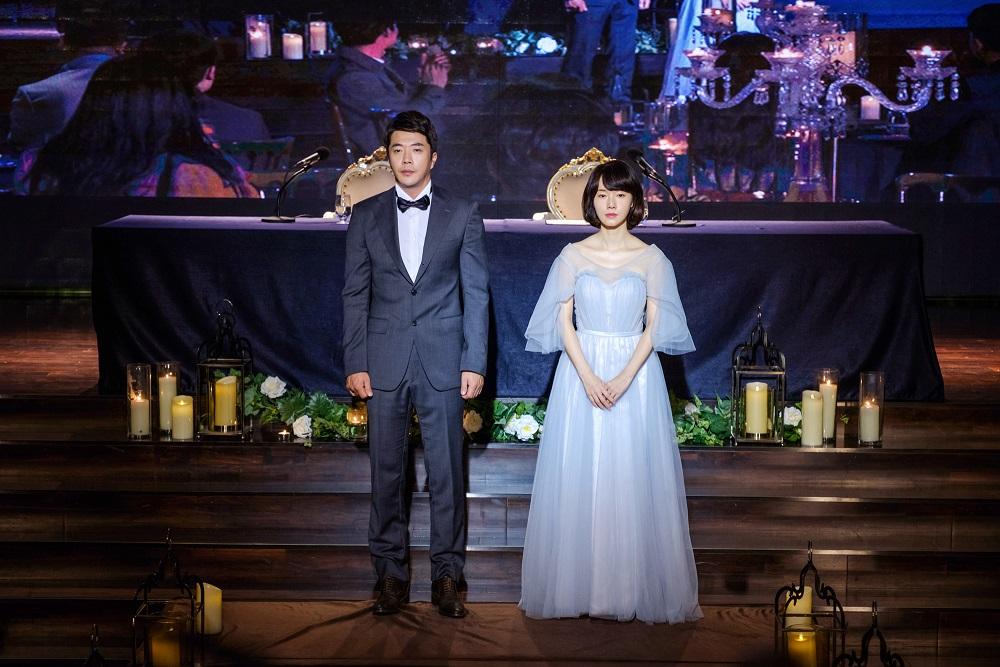 權相佑與李貞賢劇中舉行離婚典禮 向親友宣布兩人分道揚鑣