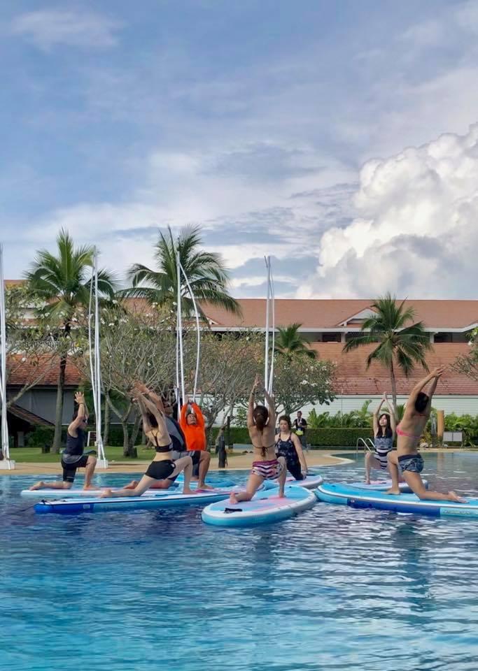 ▲第一次體驗水上瑜珈,林韋君覺得新奇有趣。
