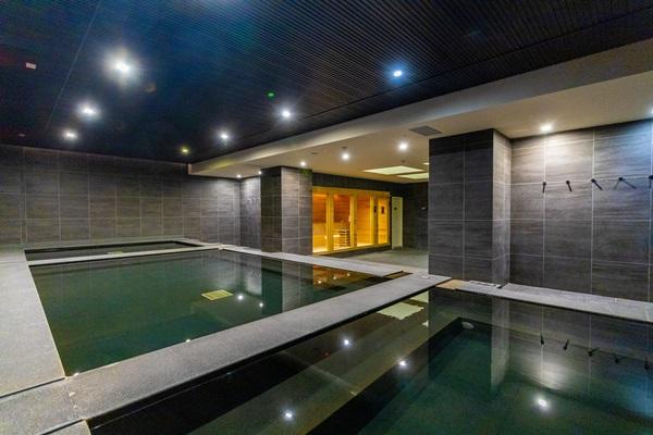 風呂溫泉泡湯大眾池。攝影/盧大中