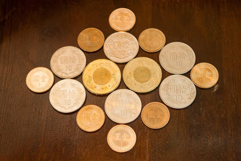 ▲利用硬幣製作自己的錢母,可以強化個人財運。謝沅瑾命理中心提供
