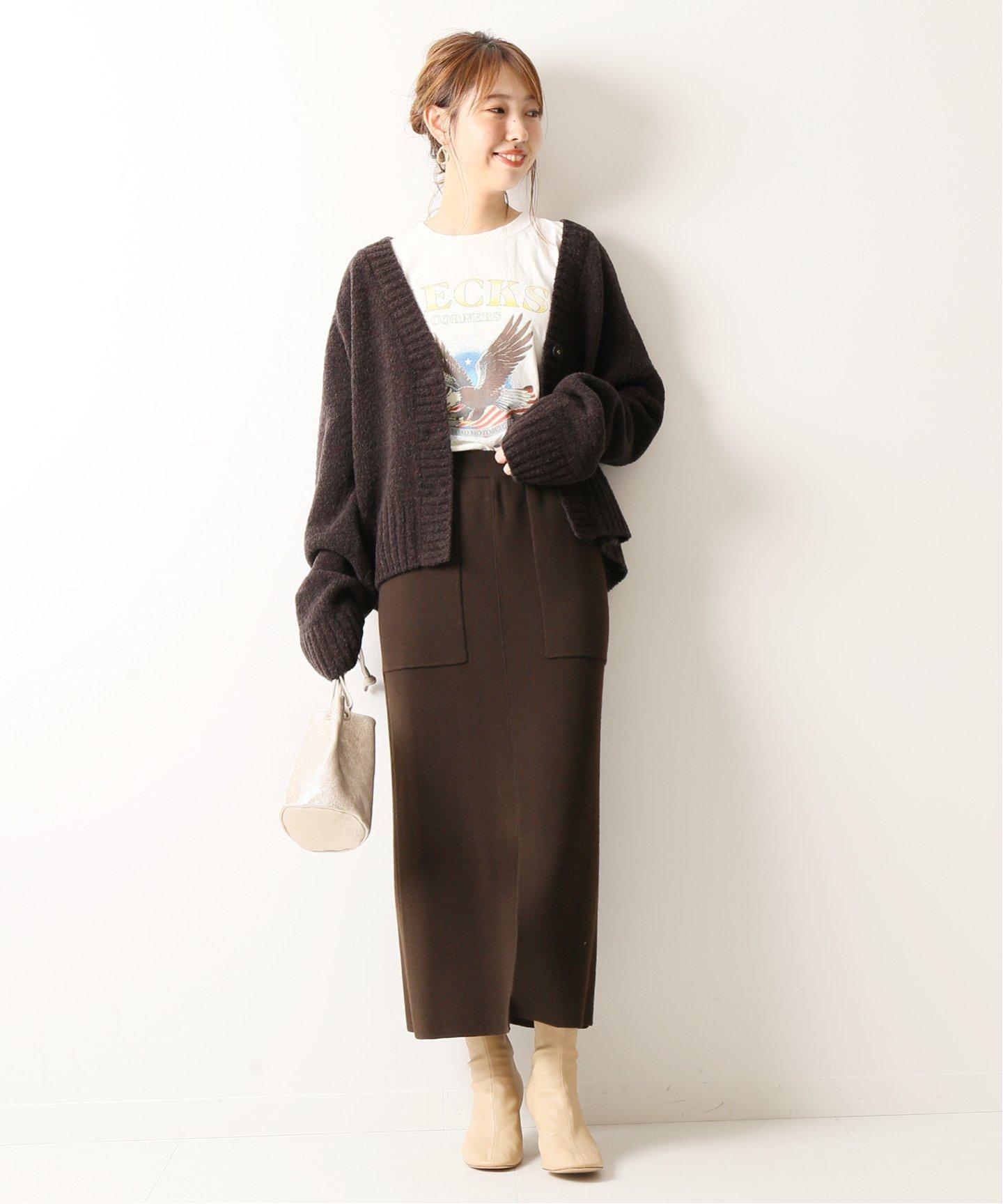 簡約的造型一不小心就容易讓衣著看起來比較成熟