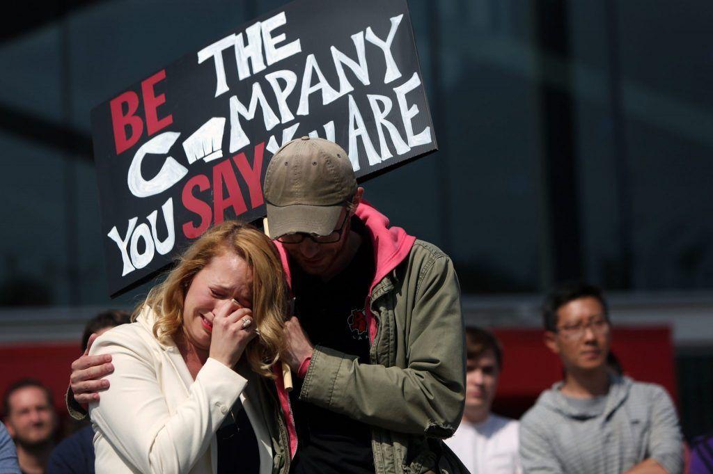 抗議 Riot 歧視女性行動
