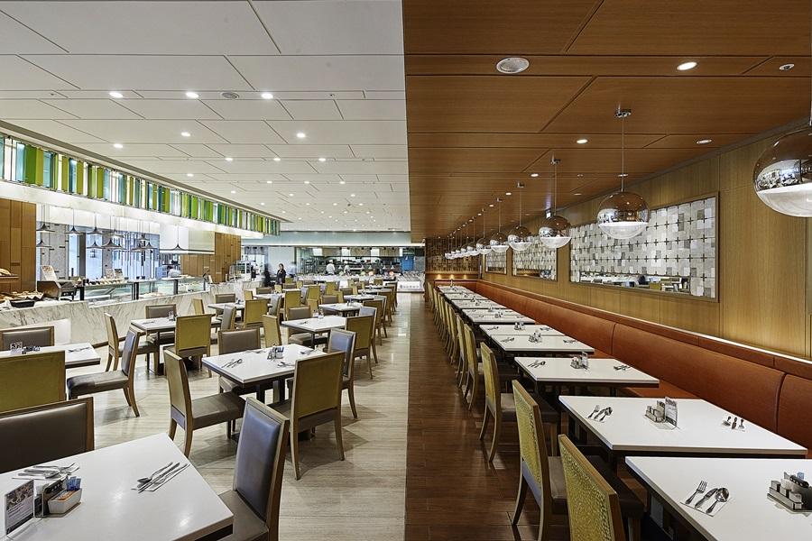 明亮清新的風格餐廳。攝影/張晨晟